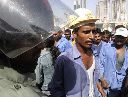 16116_workers-30-3-2006.jpg