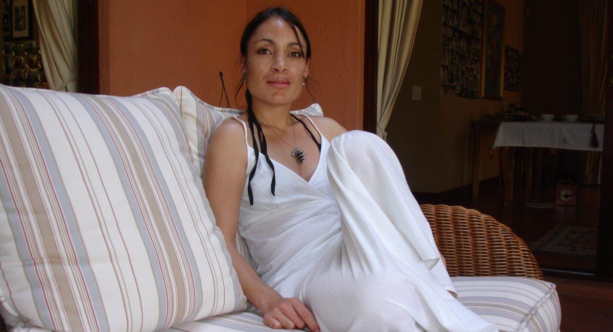 cropped-laura-vanessa-nunes_burj-khalifa