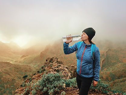 Female_Hiking_Water_Bottle_732x549-thumb