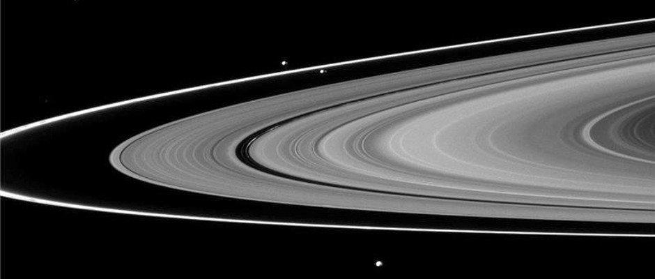 Saturn_F-Ring_shepherd_moons_940x400.jpg
