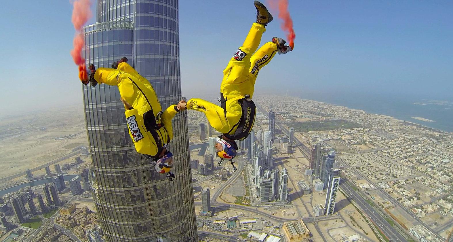 skydivers-set-world-record-by-ba.jpg