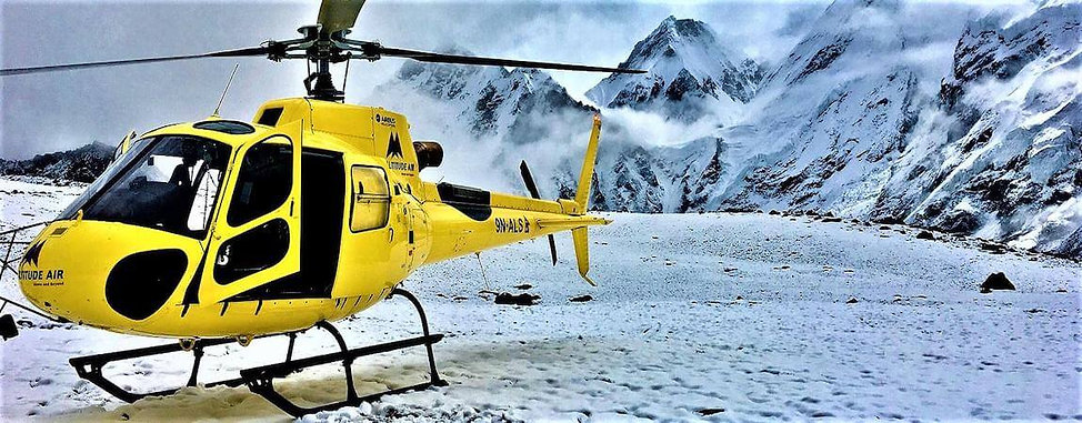 Helicopter-landing-tour-to-Everest-base-