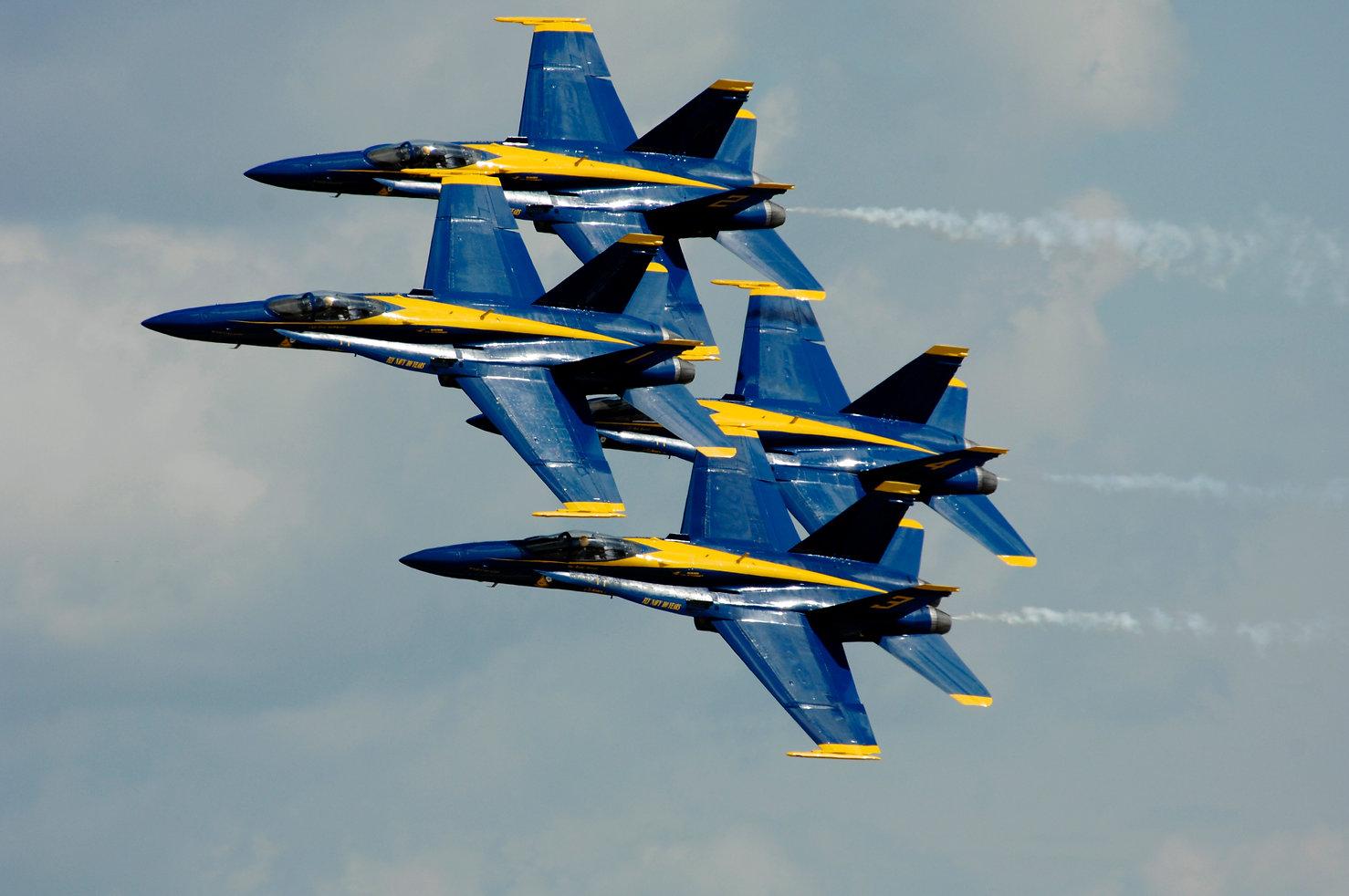 US_Navy_110909-N-IR859-002_The_U.S._Navy