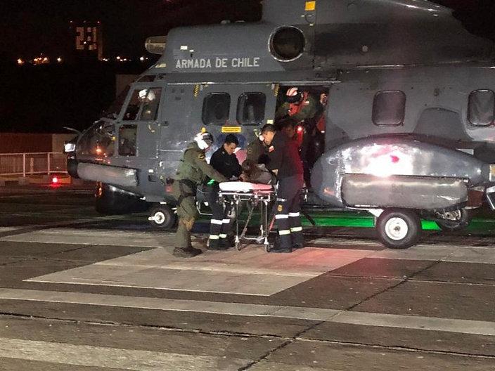Windsurfer-Rescue-Armada-de-Chile2.jpeg