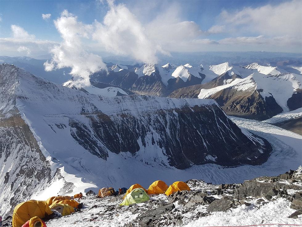 Climb-to-camp-2-2.jpg