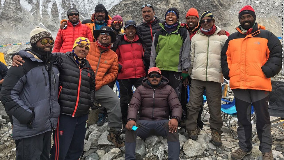 160524072234-everest-climbers-may-2016-s