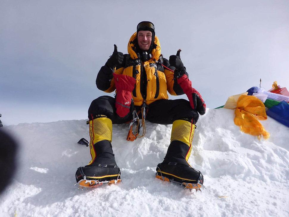 Niels-van-Buren-Mount-Everest.jpg