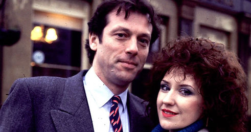 Leslie-Grantham-with-Anita-Dobson-in-Eas