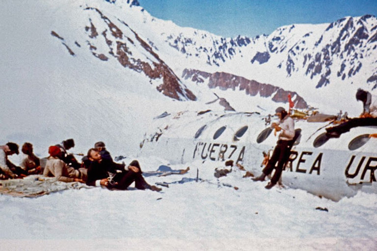 3.bp_.blogspot.com1972-andes-plane-crash