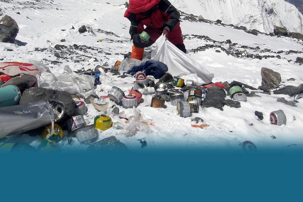 everest-trash-nepal-e1548624915658.jpg
