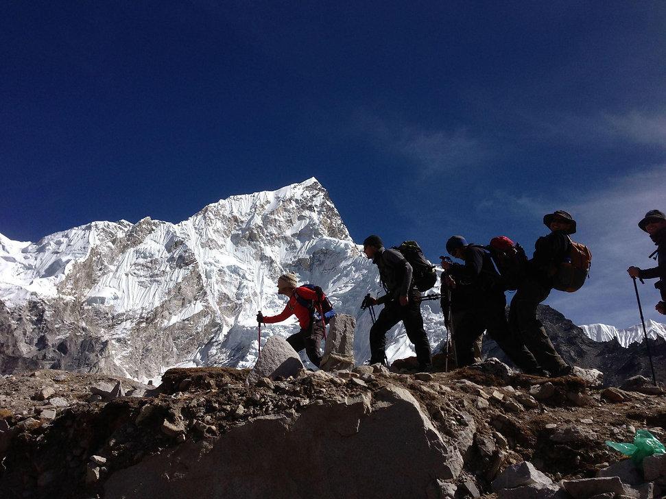 Mountain-Medicine-Nepal-group-1.jpg