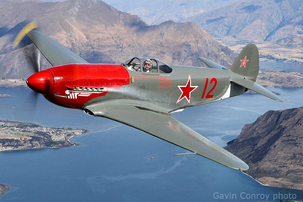 Gavin-Conroy-photo-Yak-3m-New-Zealand-sm