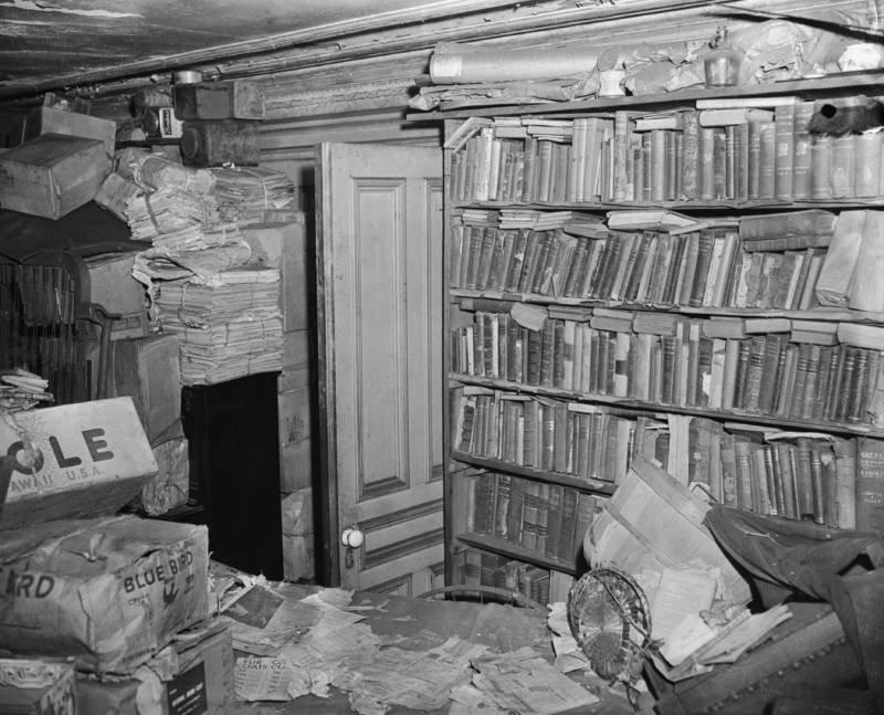 books-junk.jpg
