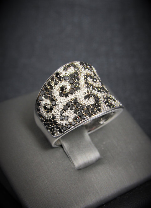 14KT White Gold Black And White Diamond Pave Style Ring