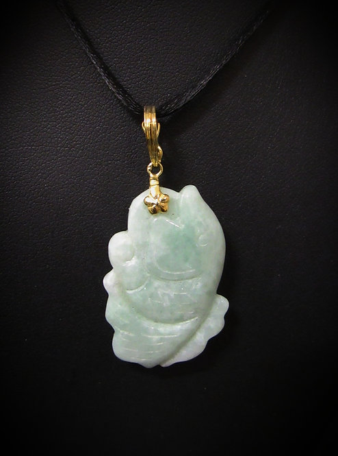 14KT Yellow Gold Hand Carved Antique Green Jade Fish Pendant