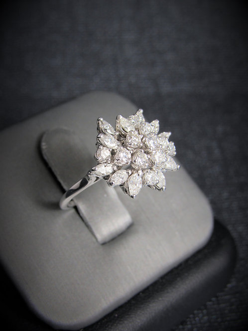 14KT White Gold Diamond Elegant Ring