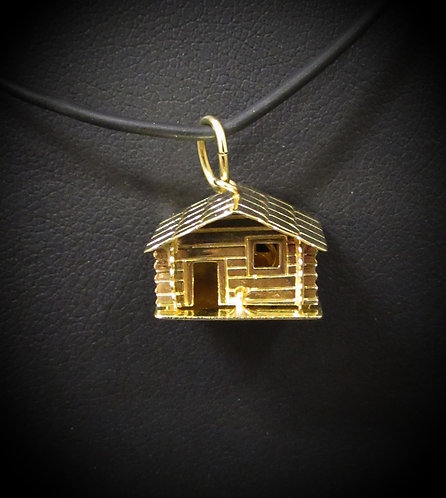 18KT Yellow Gold Antique House & Well Pendant