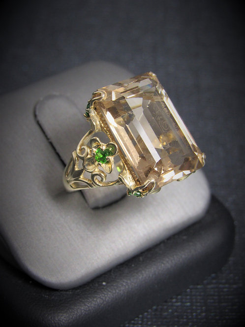 14KT Yellow Gold Smoky Topaz And Peridot Ring