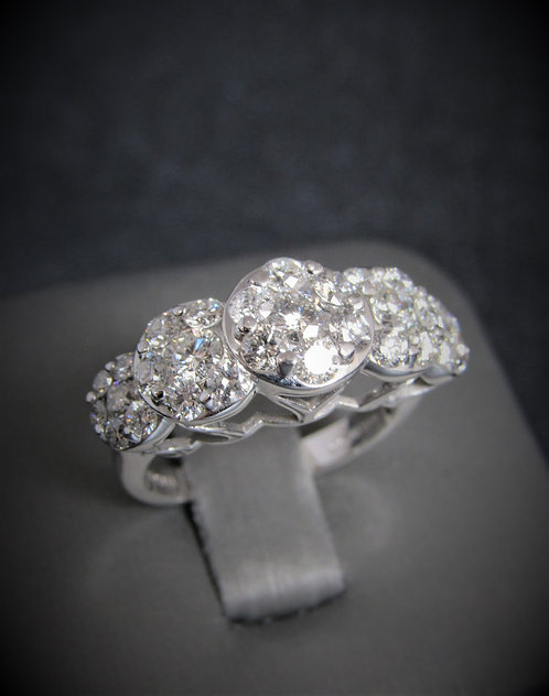 14KT White Gold Diamond Five Clusters Ring
