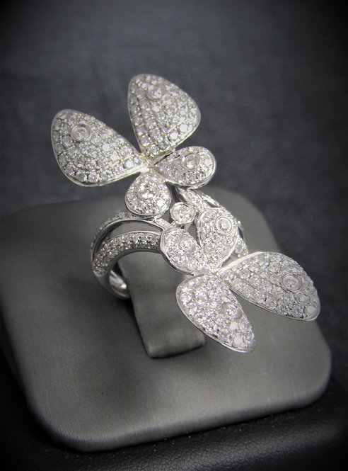 18KT White Gold Diamond Pave Style Butterflies Ring