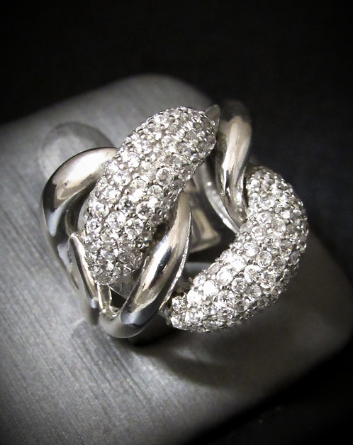 Large Pavé Cubric Zirconia Chain 18KT Gold Plated Sterling Silver Ring