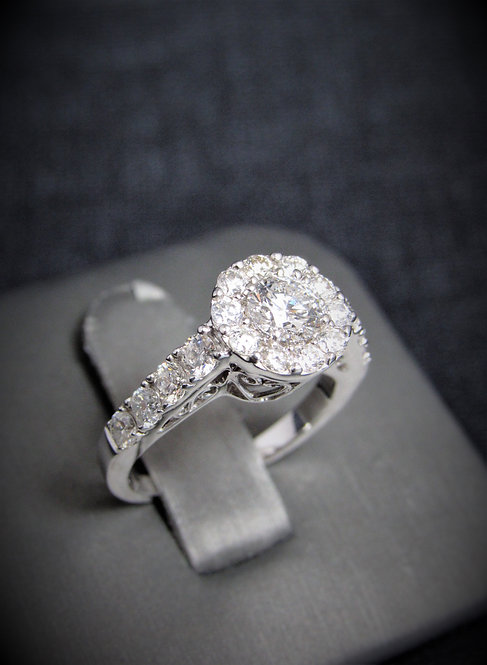 14KT White Gold Round Brilliant Cut Diamond Cluster Style Engagement Ring