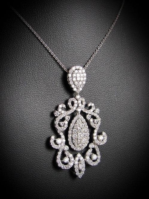 18KT White Gold Diamond Fancy Pendant