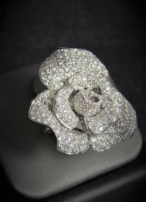 18KT White Gold Diamond Rose Ring