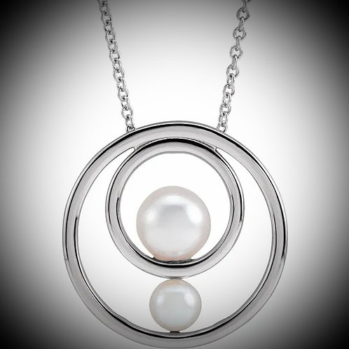 14KT White Gold Cultured Pearl Circle Necklace