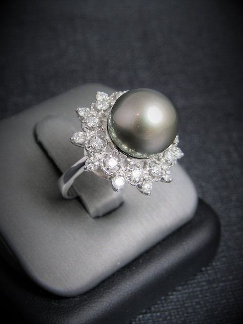 14KT White Gold Diamond And Silver Tahitian Pearl Ring