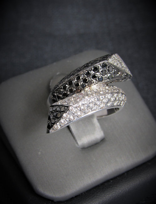 18KT White Gold Black And White Diamond Pave By-Pass Ring