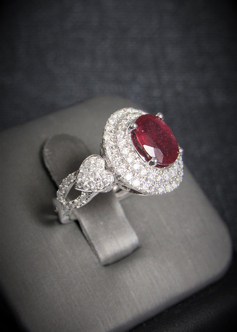 14KT White Gold Diamond And Ruby Ring