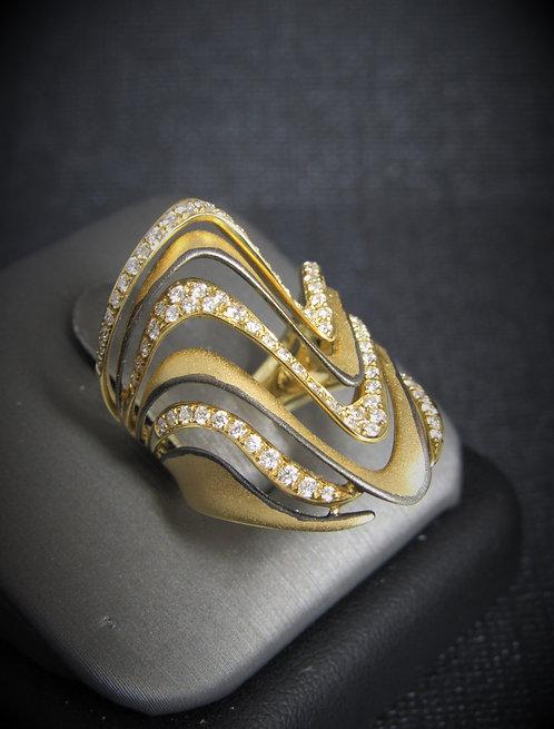 18KT Yellow Gold Diamond Brushed Finish Ring