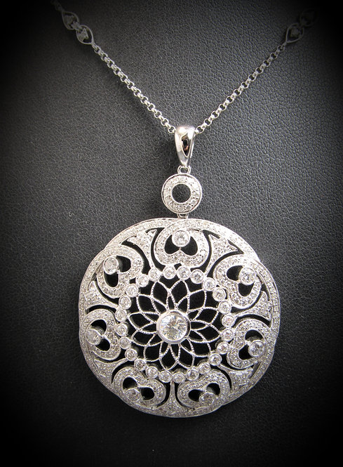 18KT White Gold Diamond Round Pendant