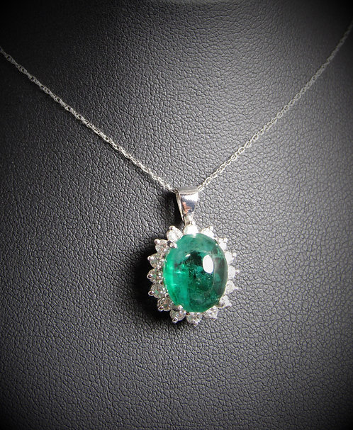 14KT White Gold Diamond And Oval Cabochon Cut Emerald Classic Pendant