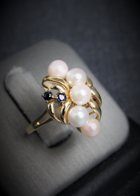 10KT Yellow Gold Sapphire And White Pearl Ring