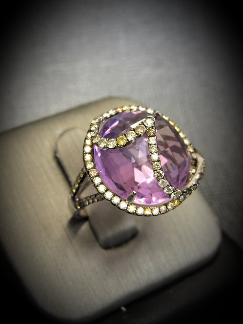 18KT White Gold Diamond And Amethyst Fancy Ring
