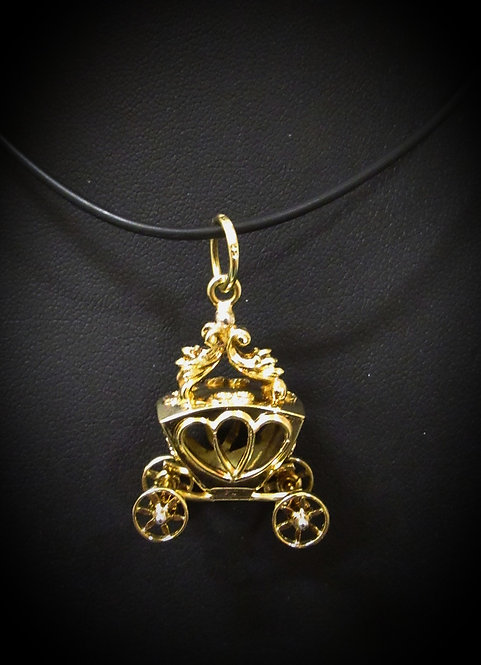 14KT Yellow Gold Antique Cinderella Carriage Pendant