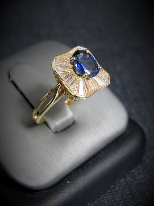 14KT Yellow Gold Baguette Cut Diamonds And Sapphire Ring