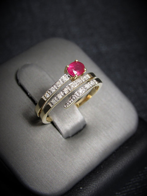 10KT Yellow Gold Diamond And Ruby Spiral Ring