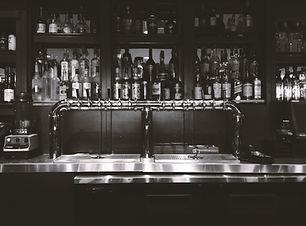 Bar um álcool