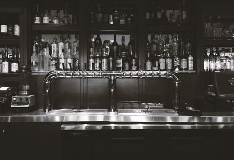 Bar alkoholem