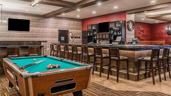 Dreamer's Lounge Ramada Inn Grand Forks