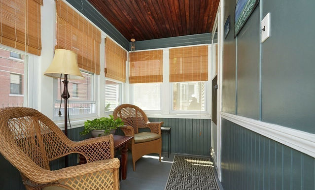 07-porch.jpeg