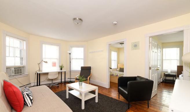 03-living-room.jpg