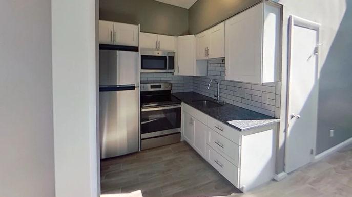 02-kitchen.jpg