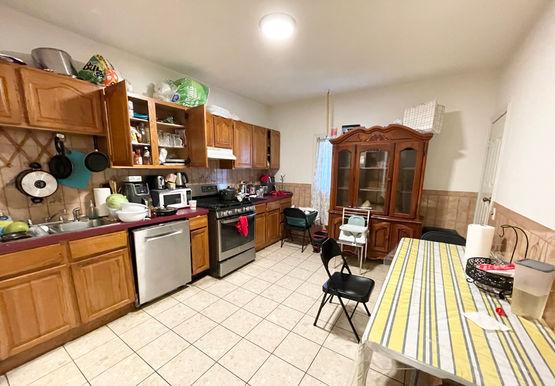 03-kitchen.jpeg
