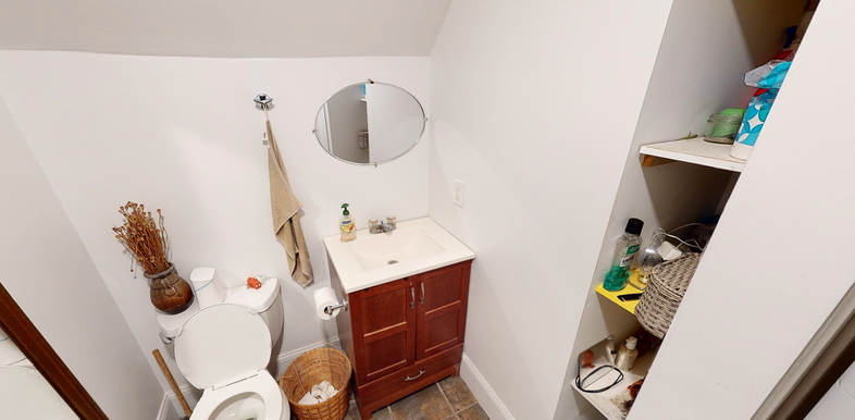 09-bathroom.png