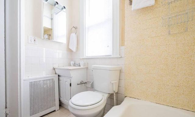 04-bathroomjpeg