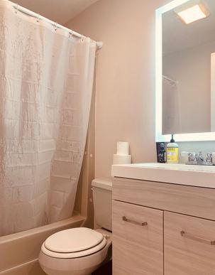03-bathroomjpeg